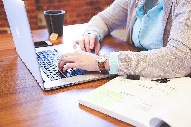 Thyroid Doctors Online in Dubuque, IA